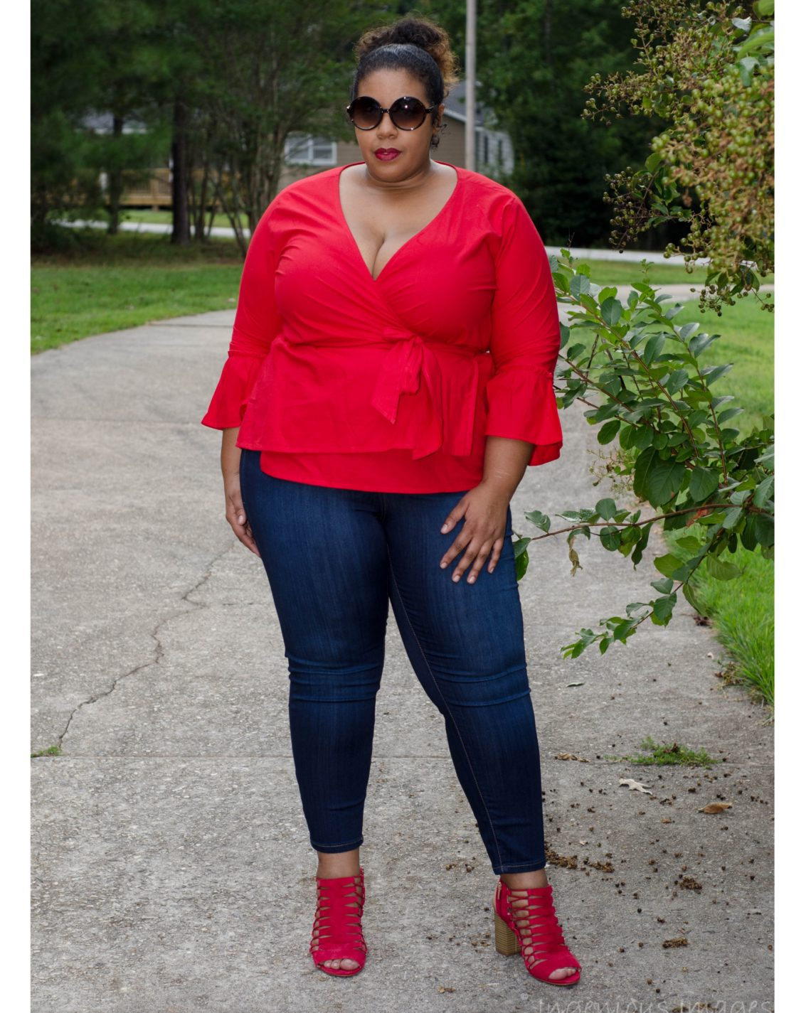 8db88213eb9c7 3 Tips on how to shop at Rainbow as a Plus Size Woman!